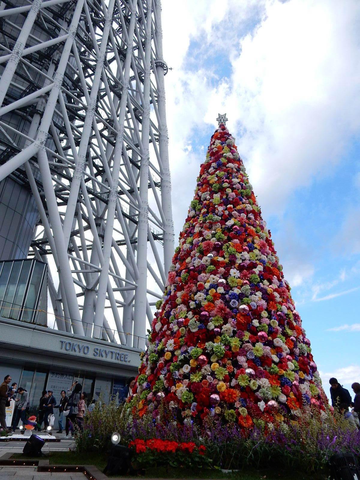 東京スカイツリーとフラワーツリー