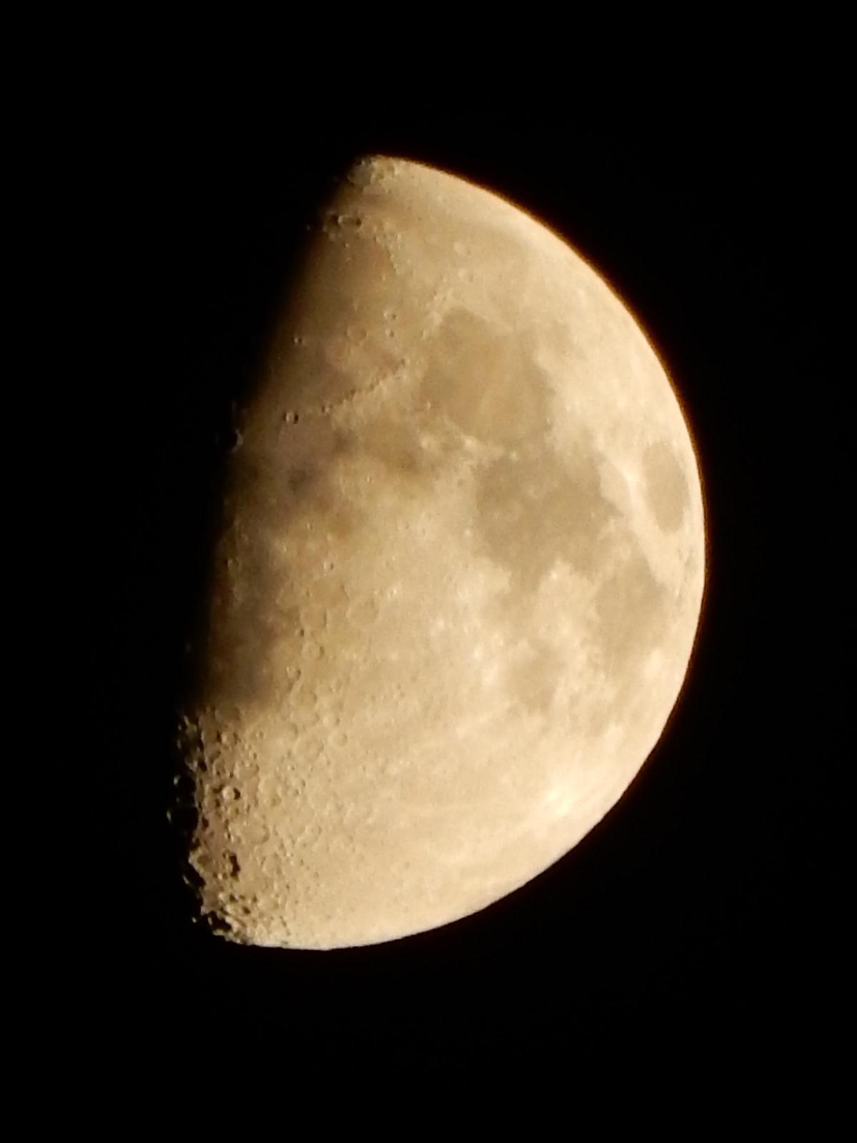 初めての月面クレーター撮影