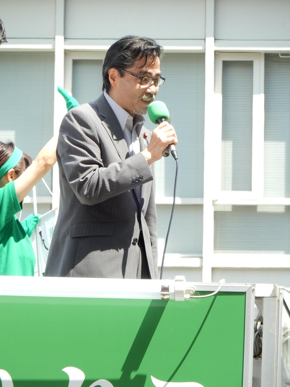 応援演説の弁士の若狭勝代議士