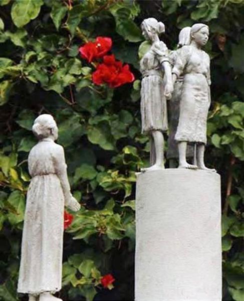 米サンフランシスコ市に設置される予定の慰安婦像のデザイン(スティーブン・ホワイト氏提供・共同)